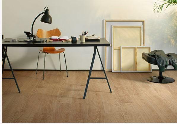 Tarima de interior suelos laminados top madera suelos - Suelos para bares ...