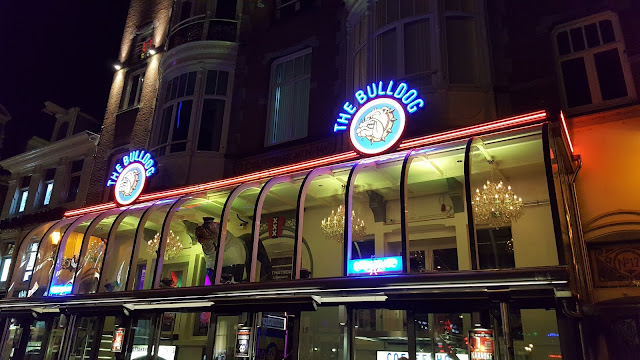 The Bulldog Coffe Shop - Amsterdã - Holanda