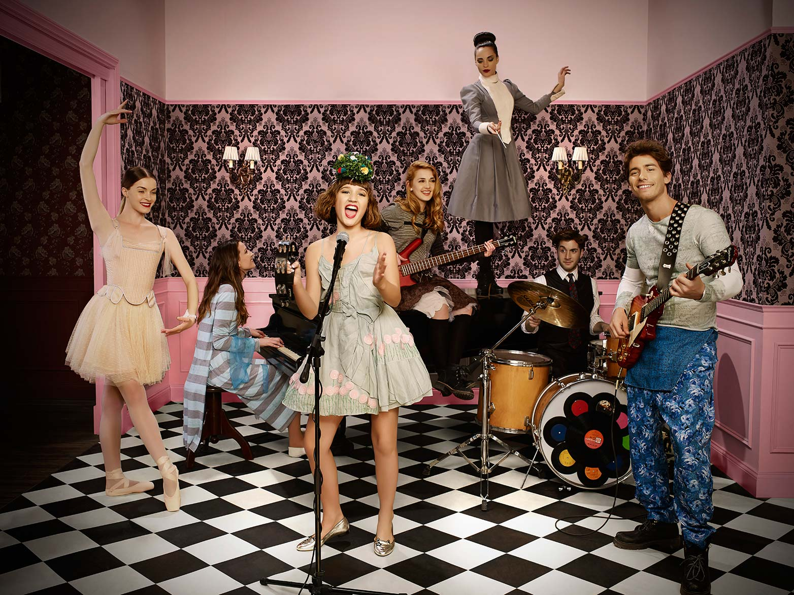 "Minerva Ochoa >> NickALive!: Nickelodeon Latinoamérica To Premiere ""Heidi, Bienvenida a Casa"" On Monday 13th ..."