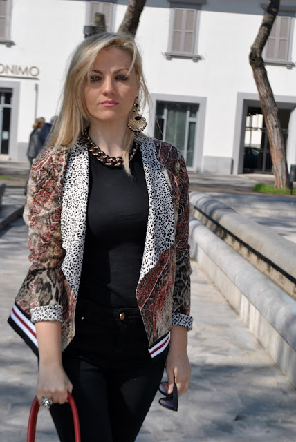 outfit stampa leopardata come abbinare la stampa leopardata abbinamenti stampa leopardata leopard print outfit how to combine leopard print how to match leopard print invernali outfit marzo 2016 outfit casual invernali mariafelicia magno fashion blogger color block by felym fashion blogger italiane fashion blog italiani fashion blogger milano blogger italiane blogger italiane di moda blog di moda italiani ragazze bionde blonde hair blondie blonde girl fashion bloggers italy italian fashion bloggers influencer italiane italian influencer collana catena orecchini majique stampa leopardata leopard print outfit