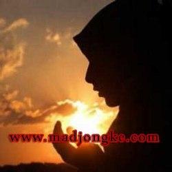 ciri wanita  sholehah idaman