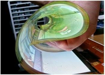 Layar OLED LG yang bisa digulung