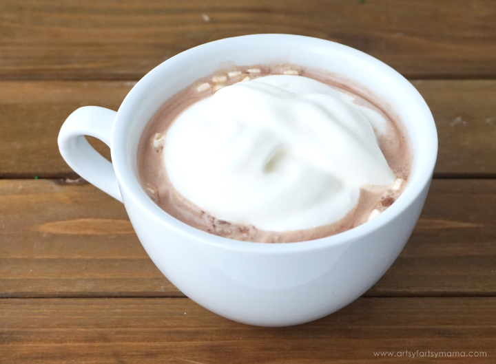 Homemade Hot Cocoa recipe! #DelightfulMoments