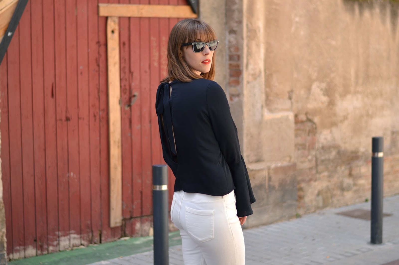 Embroidered white jeans and flared sleeves top SS16 trends