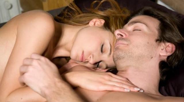 Tidur Telanjang Dengan Pasangan Ternayata Lebih Menguntungkan