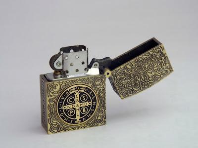 レギュラーサイズ コンスタンティン Zippo ライター レプリカ 6面彫り DSCF6187