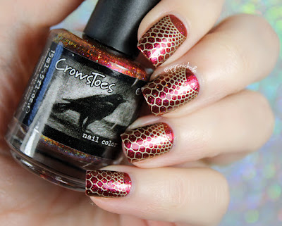CrowsToes + Powder Perfect | Firey Fishnet Stamping