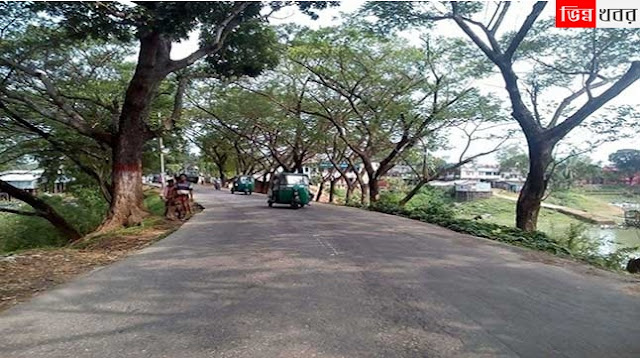 Rangamati-stopping-at-the-blockade