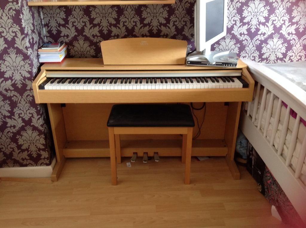 Yamaha Arius YDP 140 Digital piano