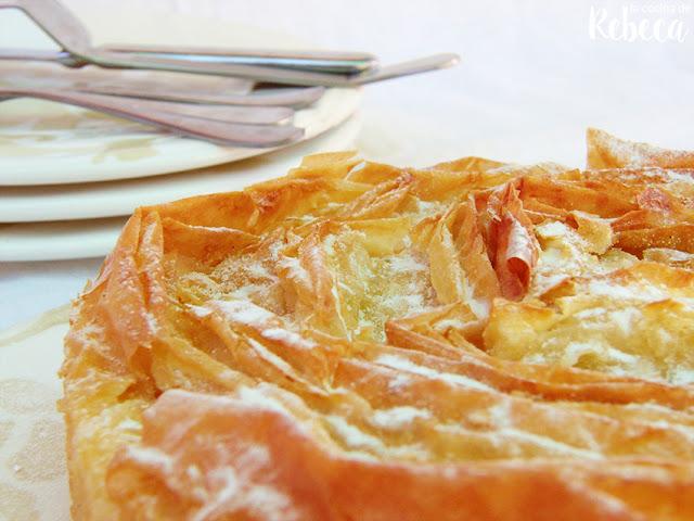 Pastel crujiente de natillas (ruffled milk pie)