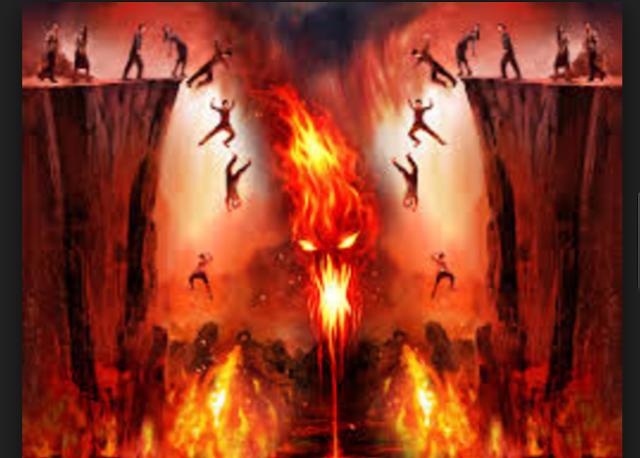 عمل تفعله النساء من علامات الساعة احدري سيدتي ان تكوني من اهل النار .... شاهدي الموضوع وطلبي الرحمة والمغفرة