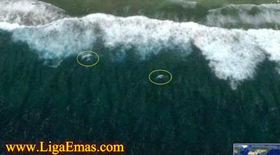 http://ligaemas.blogspot.com/2016/11/bangkai-pesawat-mh370-menampakkan-diri.html