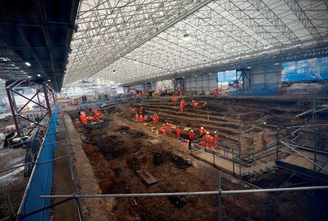 Skeletons unearthed in giant United Kingdom train line excavation