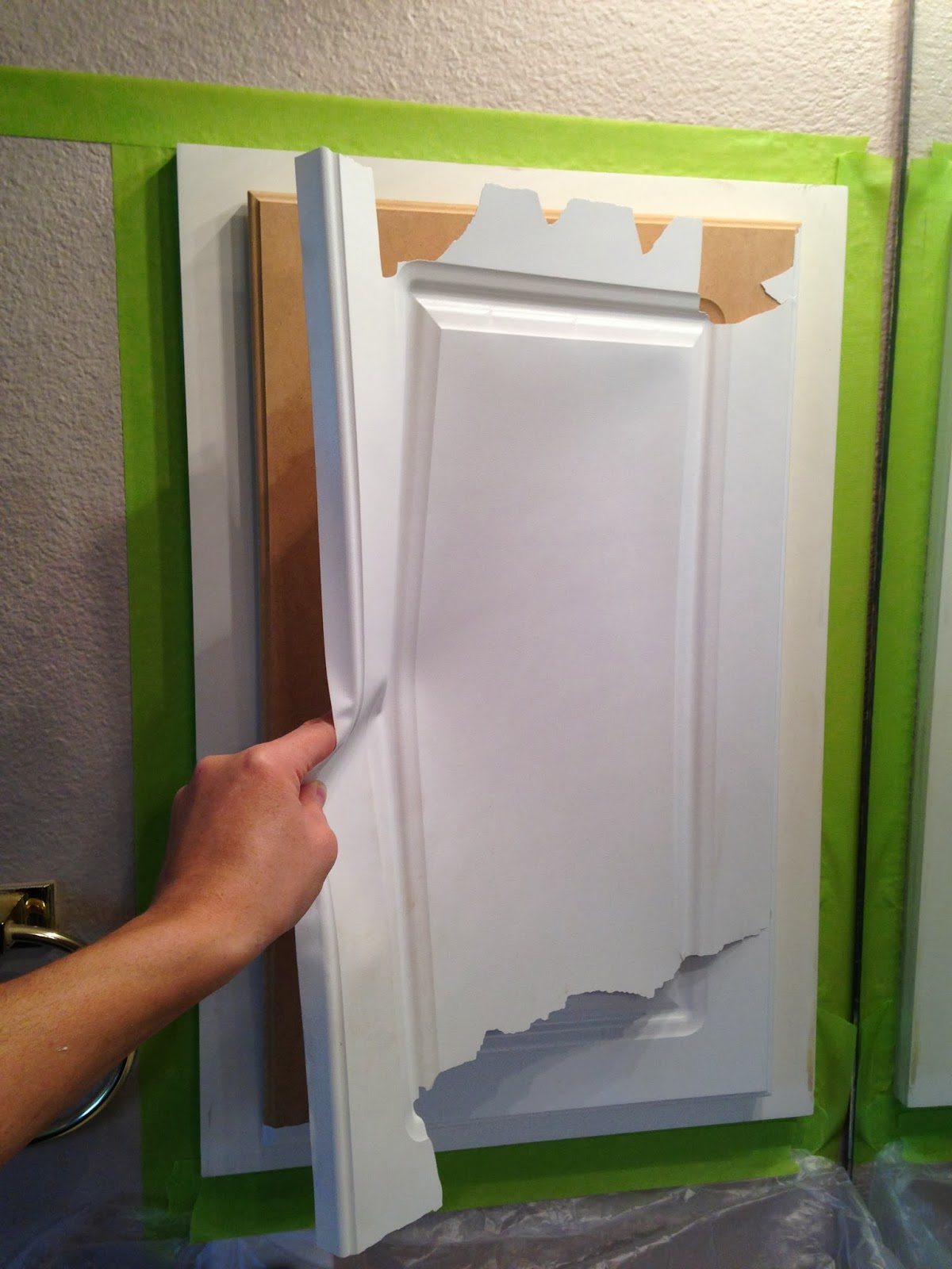 The ragged wren : Painting Laminated Cabinets
