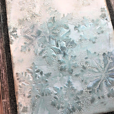 Sara Emily Barker Wintry Mixed Media Cards https://sarascloset1.blogspot.com/2019/01/wintry-mixed-media-cards-for-frilly-and.html #timholtz #snowflakes #crackle