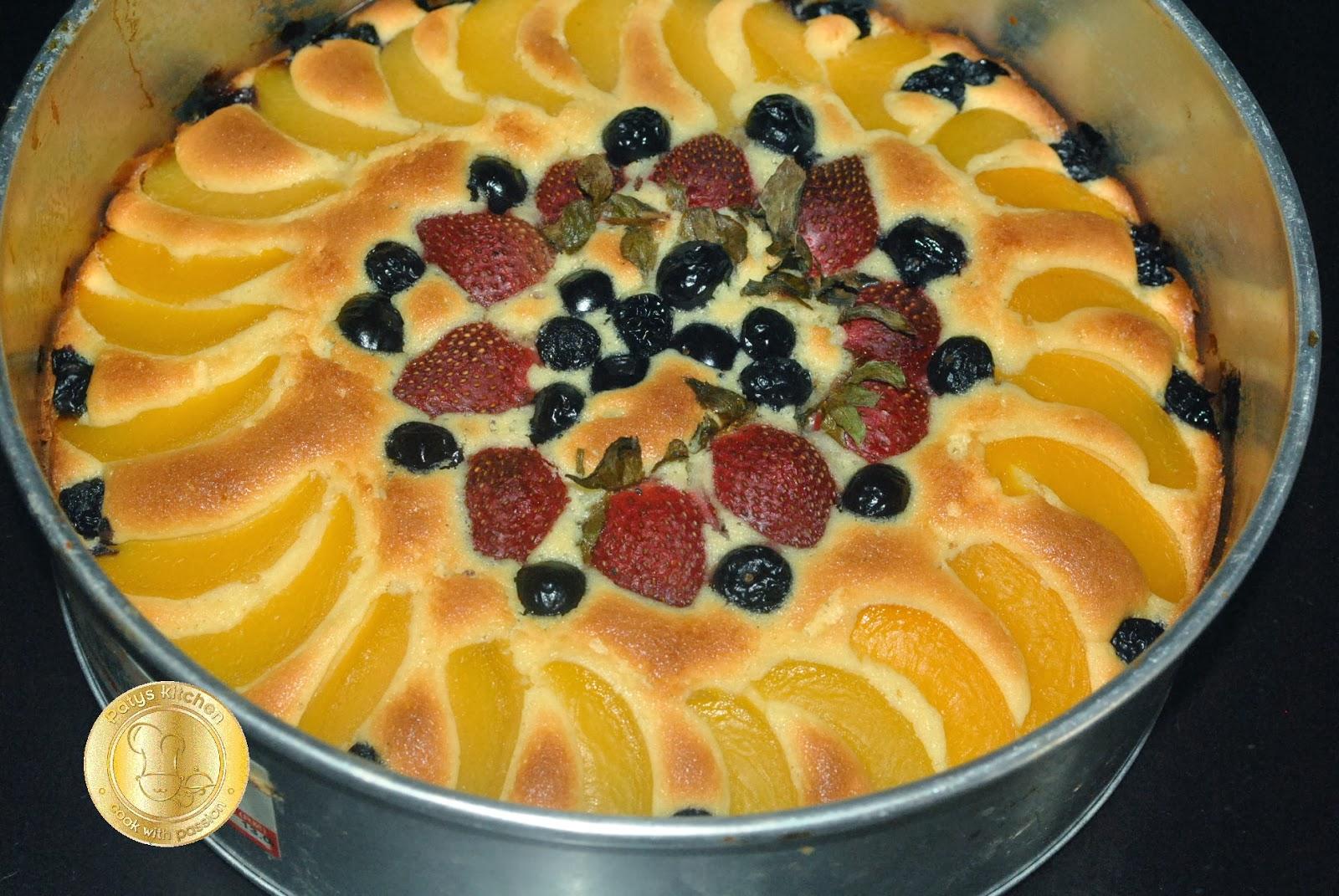 Patyskitchen Fresh Fruits Pastry Cake