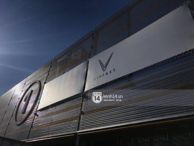 Logo VINFAST tại Paris Motor Show 2018