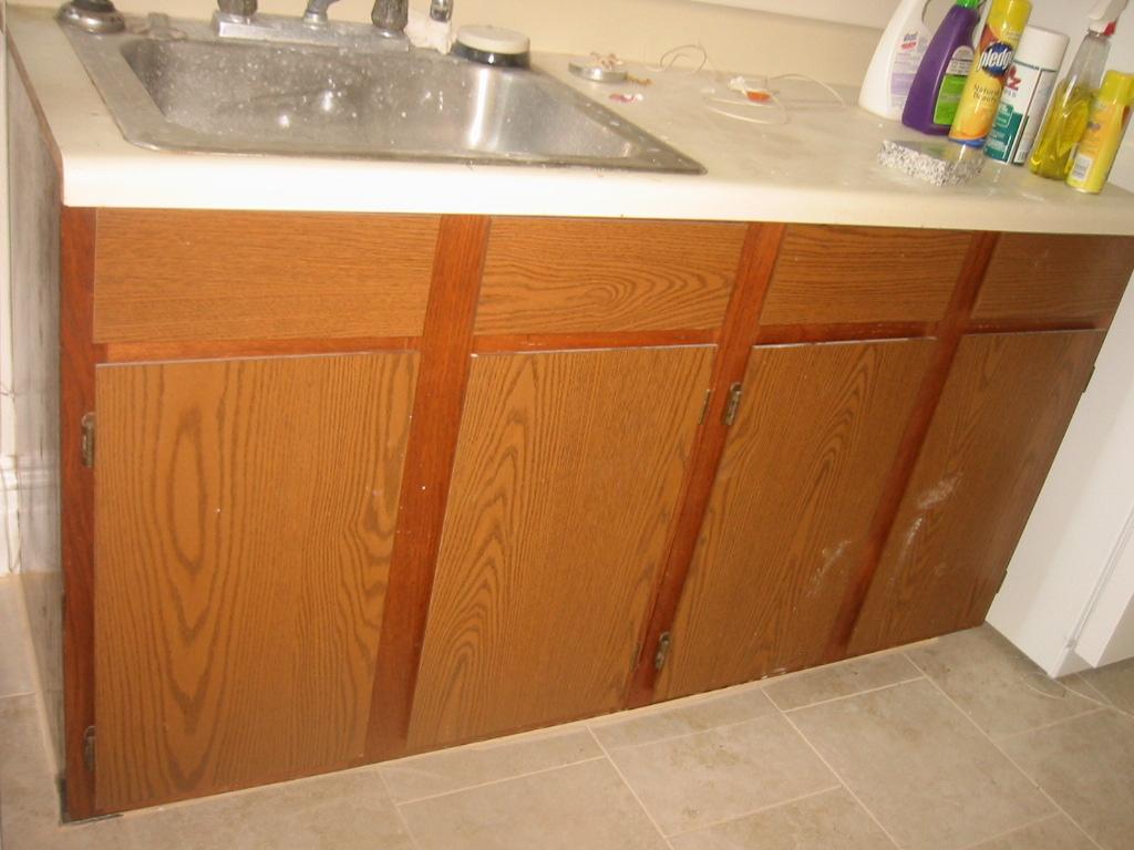 Oak Laminate Cabinet Makeover