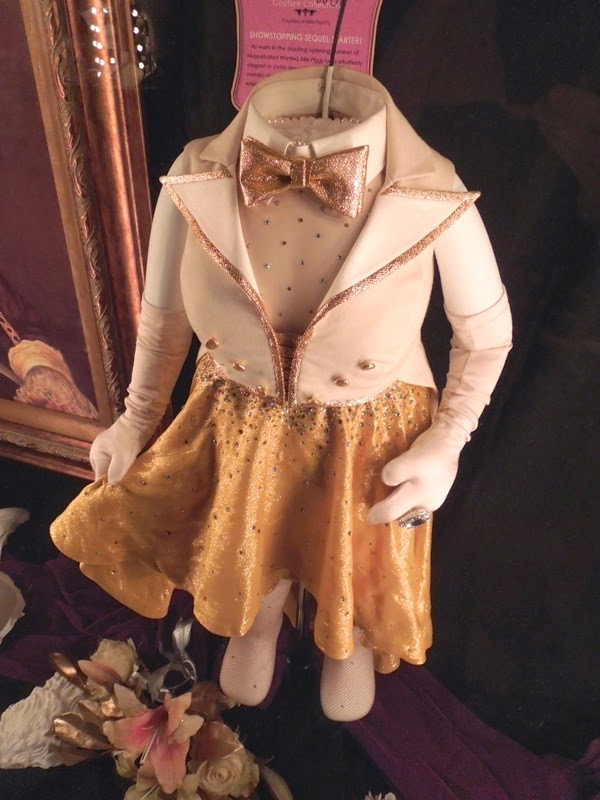 Authentic Muppets Most Wanted Miss Piggy opening number costume