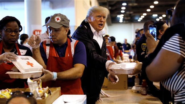 US President Donald Trump brings back 'small hands' joke amid Harvey: Fox News Video