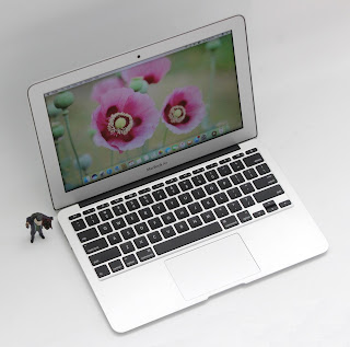 MacBook Air Core i7 (11.6-inch, Mid 2011)
