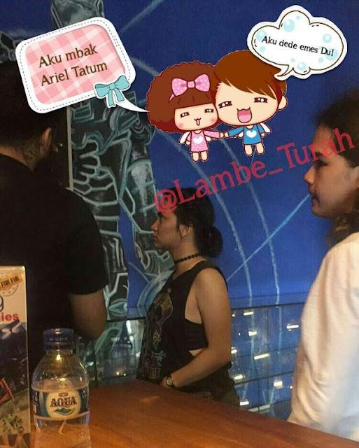 Kepergok Jalan Bareng Dul, Penampakan Dada Ariel Tatum Bikin Netizen Ribut?