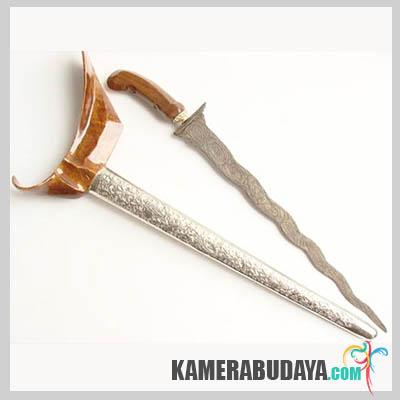 Terapang, Senjata Tradisional Dari Lampung