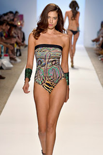 http://www.fashionhiphop.net/