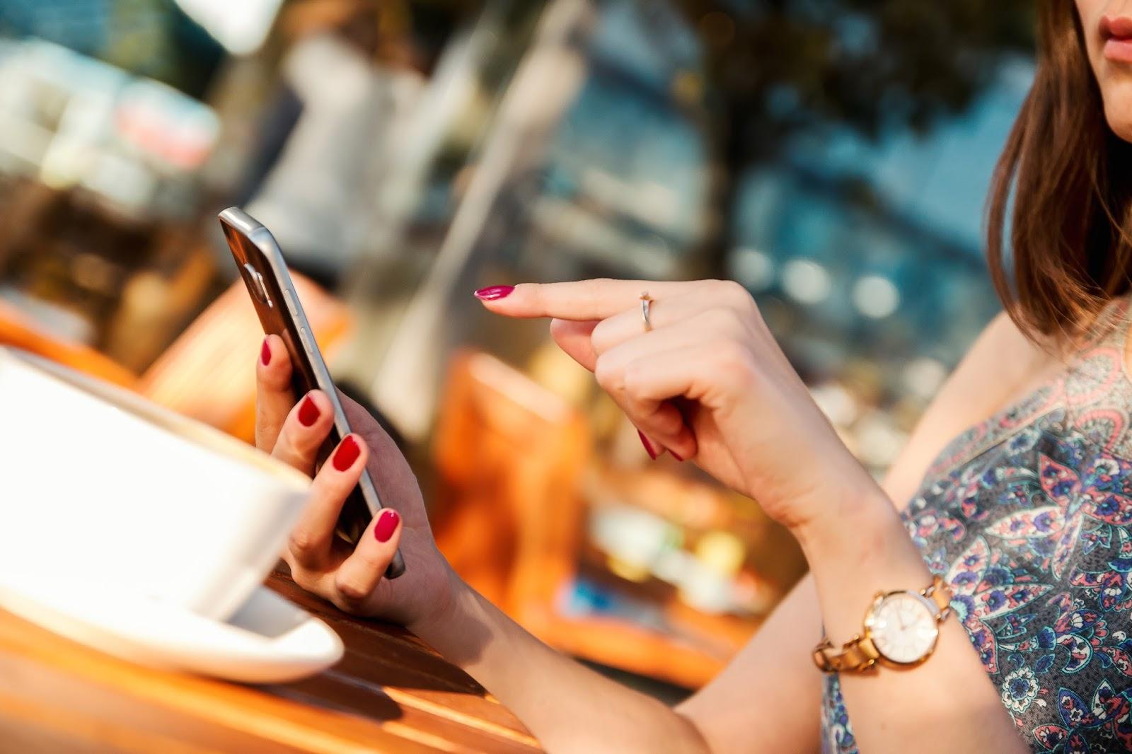 5 korzyści ze smartfonów w pracy