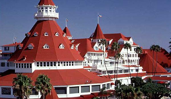 Hotel Del Coronado hotel paling berhantu dan angker di dunia