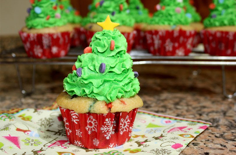 vegan funfetti christmas tree cupcakes