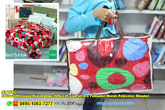 Selimut Rossinni Red Bubble 200×230 Cm Pattern Polkadot Merah Polyester Blanket