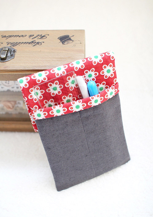 Double Pencil Case Coin Pouch Purse. Step-by-Step DIY Tutorial with Photos.