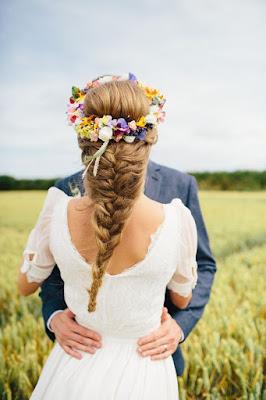 Peinados de novia con flores