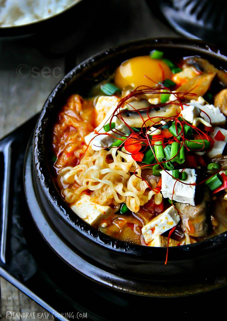 Spicy Gourmet Kimchi Ramyun #recipes #koreanfood #ramen