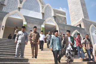 peresmian masjid moeldoko Jombang