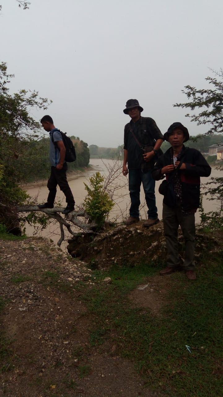 Foto Pinggir sungai goa sentono