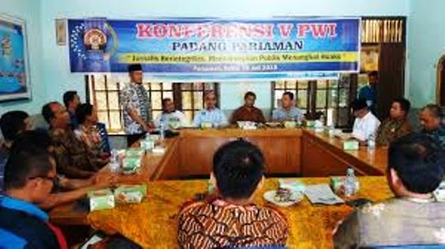 Tk.Ahmad Damanhuri Wartawan Singgalang, Terpilih Jadi Ketua PWI Padang Pariaman & Kota Pariaman