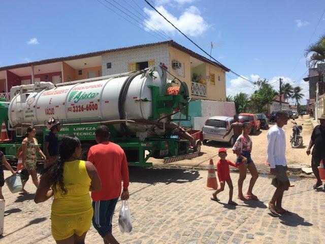 Prefeitura de Goiana realiza ações de desobstrução de esgoto, em Ponta de Pedras