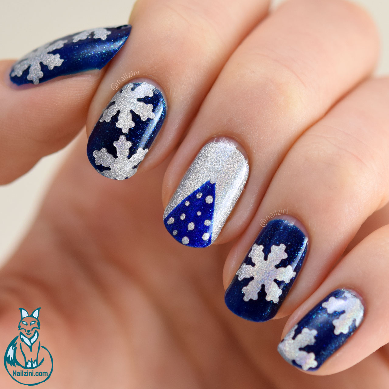 Holographic Christmas Nail Art WITHOUT Nail Art Tools