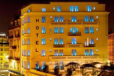 Pengertian Hotel Menurut Para Ahli