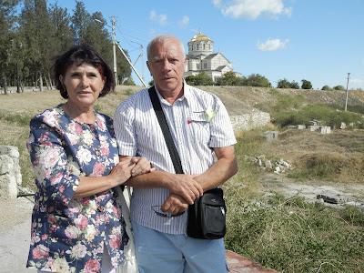 С мужем  в Крыму