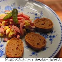 http://inaisst.blogspot.de/2013/11/wurstsalat-mit-jungem-gouda.html