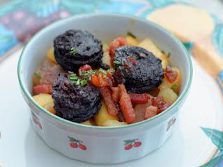 Ramequins de pomme de terre et boudin noir