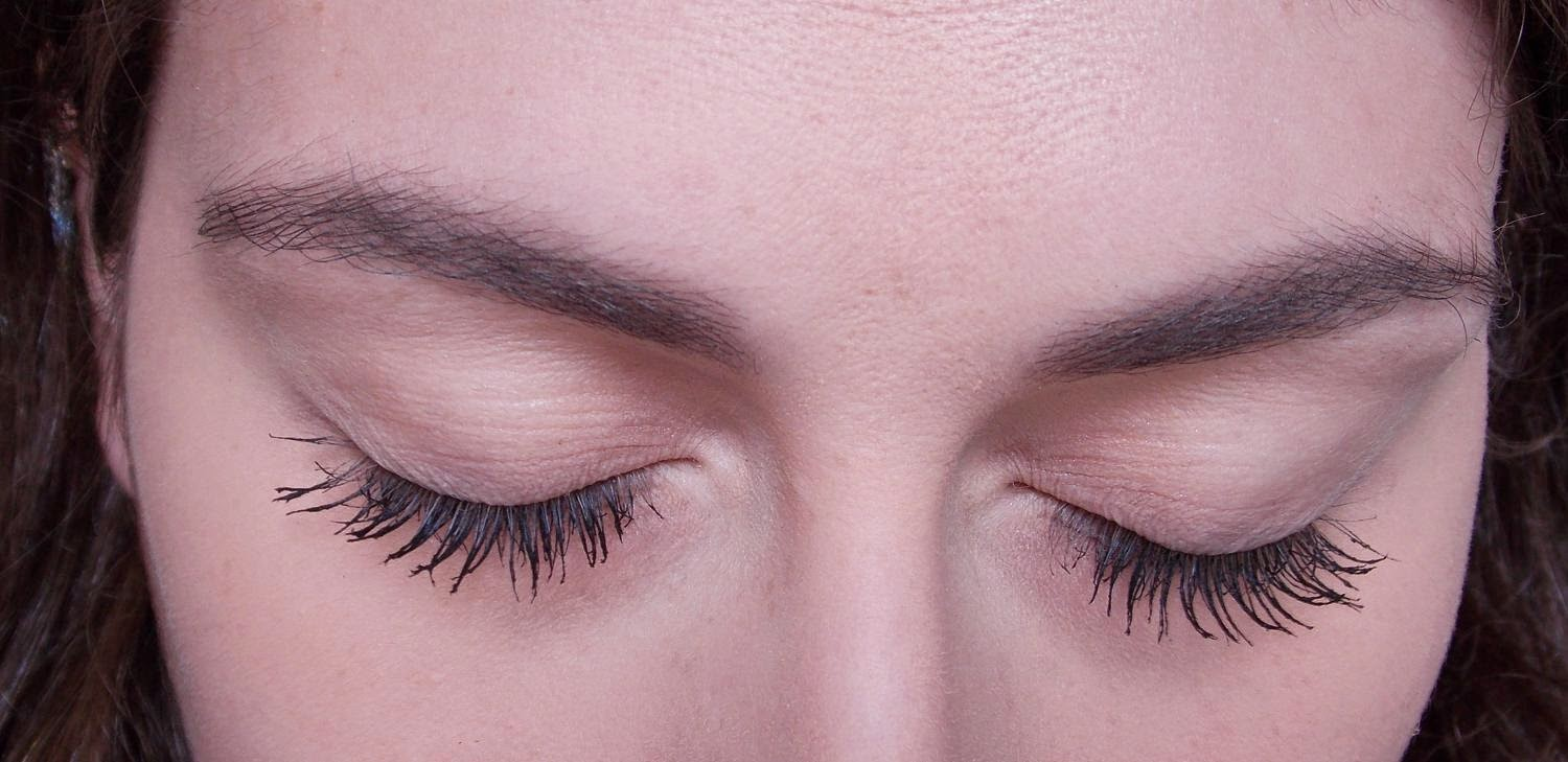 6d30804e6fe The Falsies Volum' Express creates curl, volume and length. It makes your  lashes look huge which is my favourite thing to do when doing my makeup.