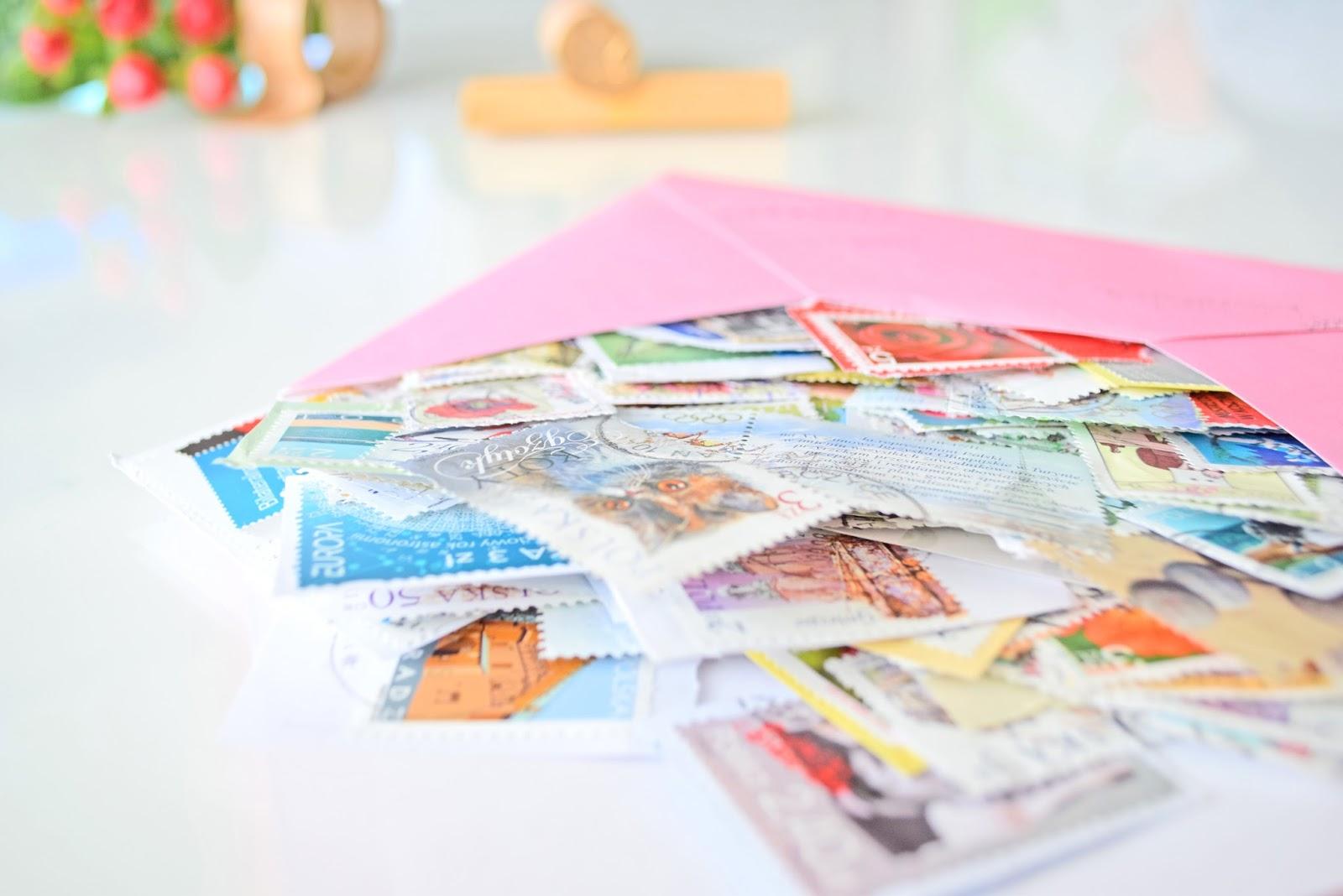 Jak wykorzystać znaczki pocztowe?