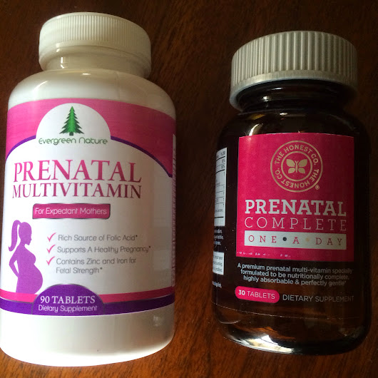 Small Town Mama: Evergreen Nature vs. Honest Prenatal Vitamins