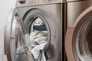 Image: Washing machine, Laundry, Tumble drier by Steve Buissinne on Pixabay