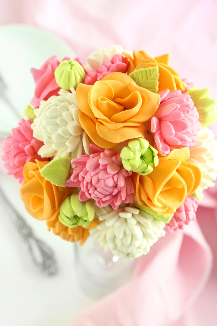 Sweet  Cakes With Flowers