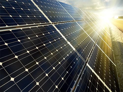 Panneau solaire monocristallin : conseils et informations utiles
